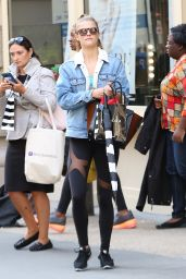 Nina Agdal in Leggings - Out New York City, October 2015