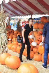 Paris Berelc at a Pumpkin Patch in Los Angeles, October 2015