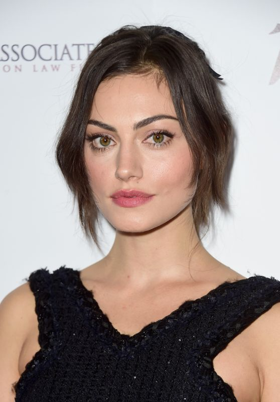 Phoebe Tonkin - 2015 Australians In Film Awards Benefit Dinner And Gala in Century City