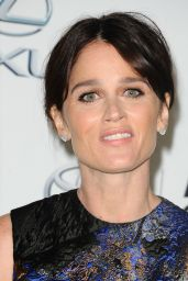 Robin Tunney – 2015 EMA Awards in Burbank