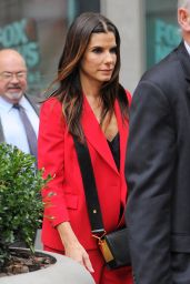 Sandra Bullock - at the Office Building in Midtown, October 2015