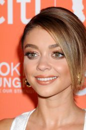 Sarah Hyland – 'No Kid Hungry Benefit Dinner' in Los Angeles, October 2015
