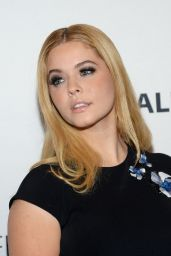 Sasha Pieterse – 'Pretty Little Liars' Q&A – PaleyFest New York 2015
