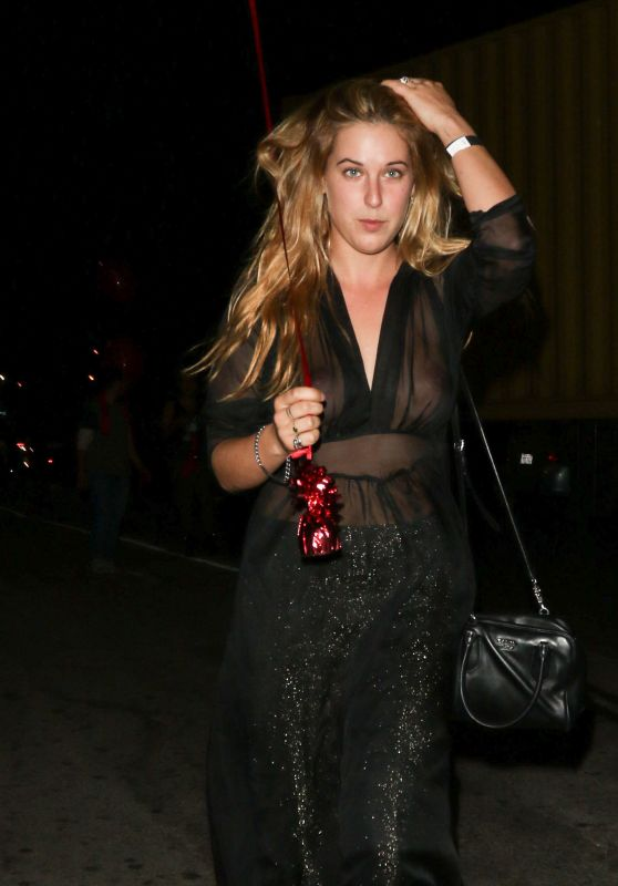 Scout Willis Night Out Style - Los Angeles, October 2015