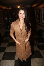 Selena Gomez - Backstage at the
