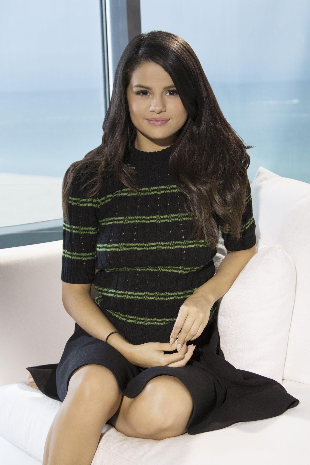 Selena Gomez Hotel Transylvania 2 Portraits In Miami