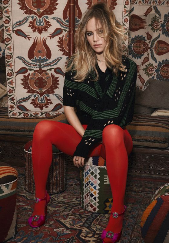 Suki Waterhouse - Photoshoot for Vogue Magazine Brazil September 2015