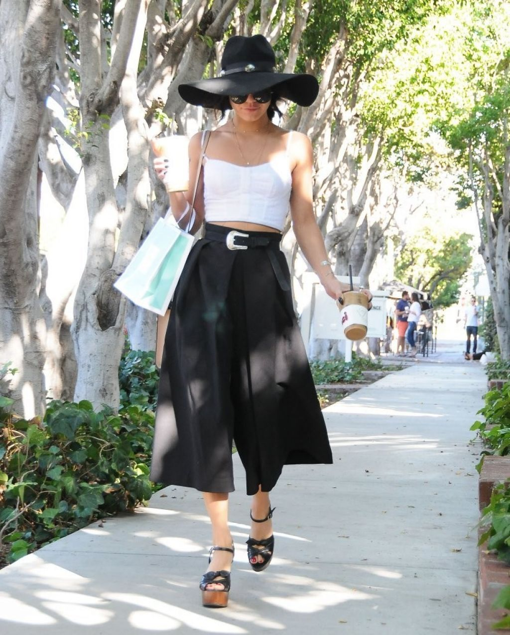 Vanessa hudgens street fashion out in west hollywood october 2015 Fashion style october 2015