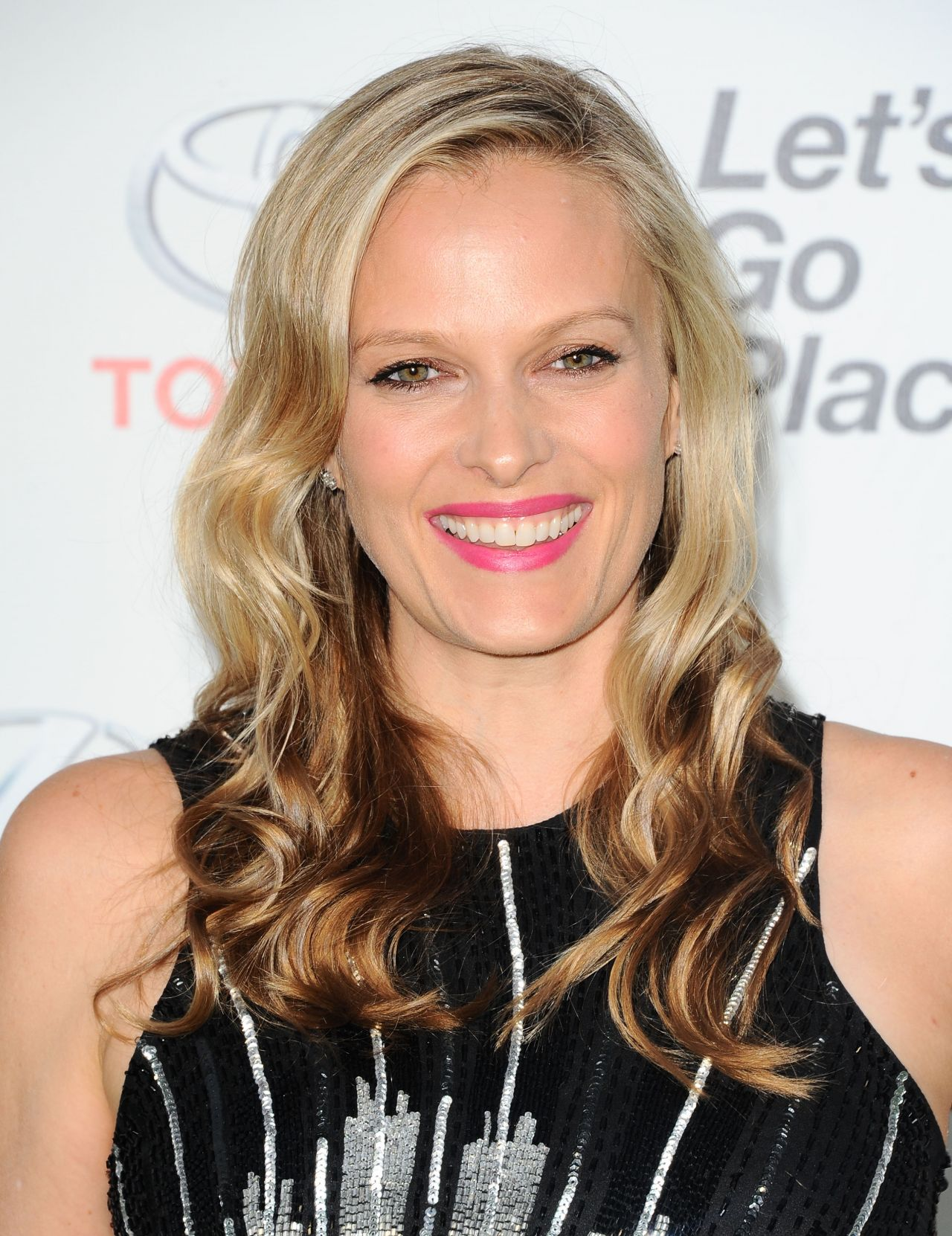 Vinessa Shaw 2015 Environmental Media Awards In Burbank