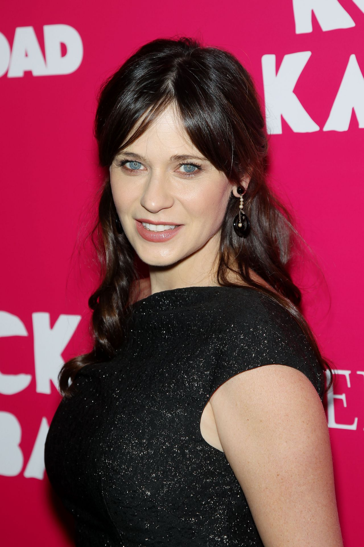 Zooey Deschanel Nude Photos 60