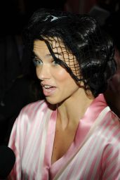 Adriana Lima - Victoria Secret Fashion Show in New York City, Backstage