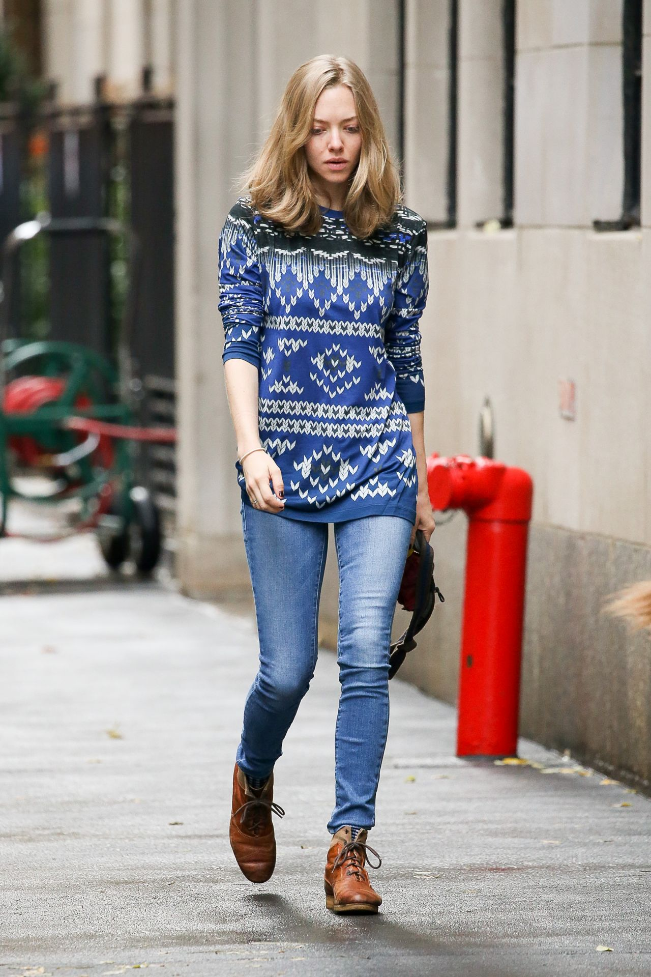 Amanda Seyfried Street Style Nyc November 2015