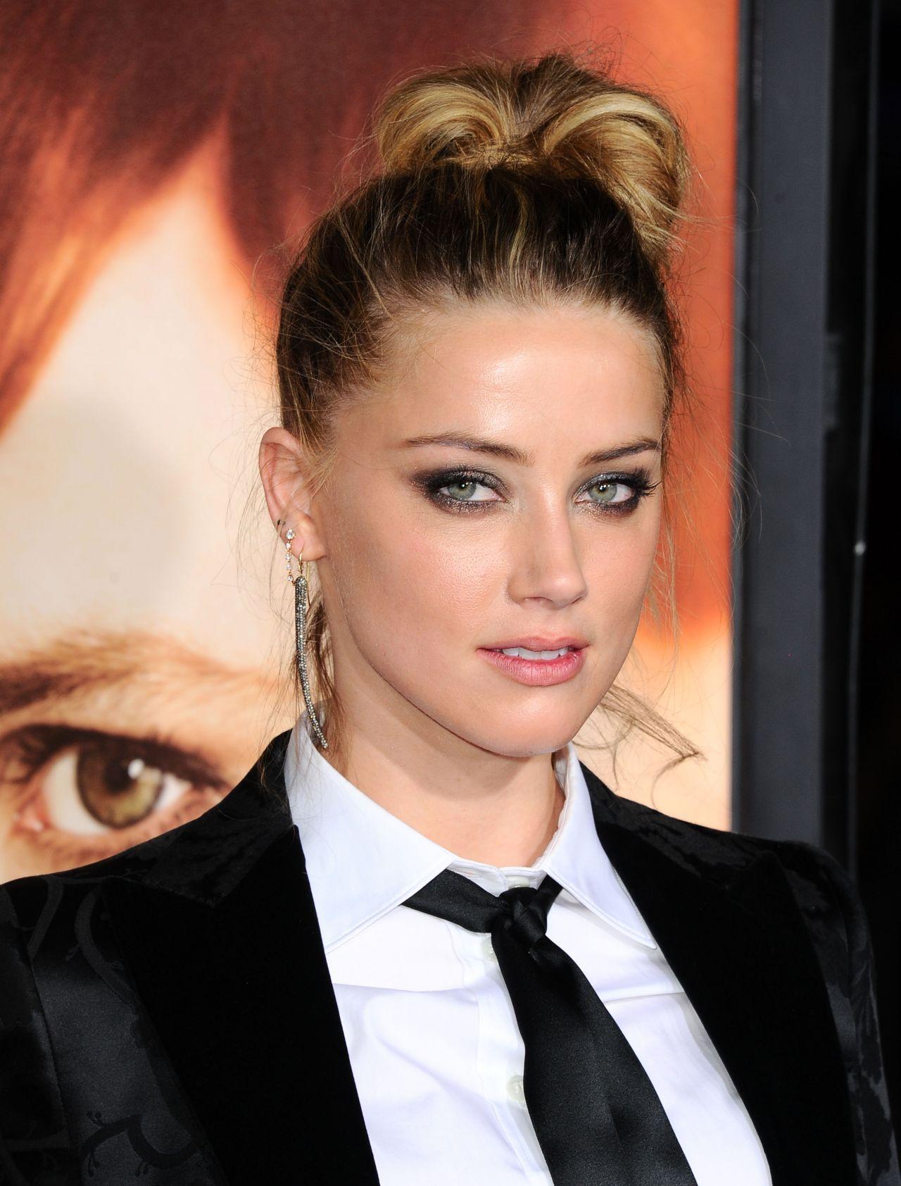 Amber Heard - The Danish Girl Premiere in Westwood ... джонни депп