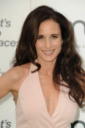 Andie MacDowell – 2015 EMA Awards in Burbank
