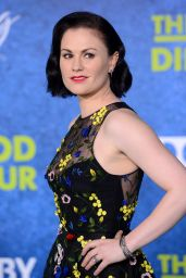 Anna Paquin - The Good Dinosaur Premiere in Los Angeles Premiere at El Capitan Theatre