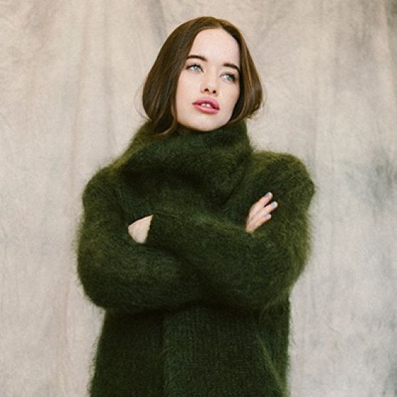 anna-popplewell-photoshoot-october-2015_1
