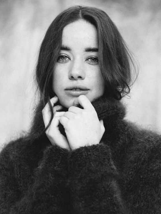 Anna Popplewell - Photoshoot October 2015