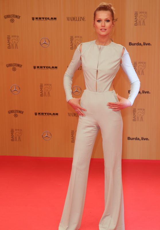 Antonia Garrn – Bambi Awards 2015 in Berlin