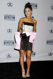 Ariana Grande – 2015 American Music Awards in Los Angeles
