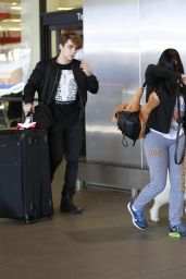 Ariel Winter at LAX Airport, 11/29/2015