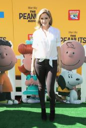 Ashley Jones – 'The Peanuts Movie' Premiere in Los Angeles