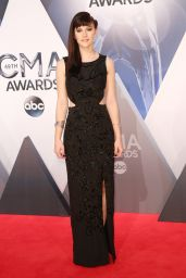 Aubrey Peeples - 2015 CMA Awards in Nashville