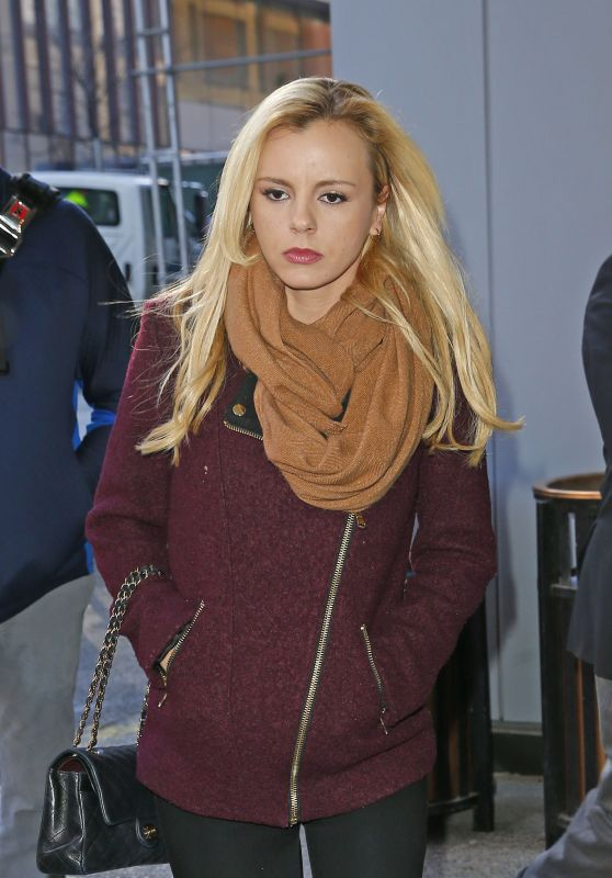 Bree Olson - Leaving The Howard Stern Show Discussing Charlie Sheen and His HIV-Positive Announcement in New York