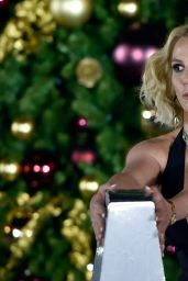 Britney Spears - Christmas Tree Lighting Ceremony at the LINQ Promenade in Las Vegas 11/21/2015