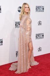 Carrie Underwood – 2015 American Music Awards in Los Angeles