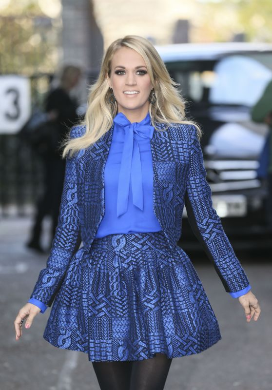 Carrie Underwood - Leaving the ITV Studios on London, November 2015