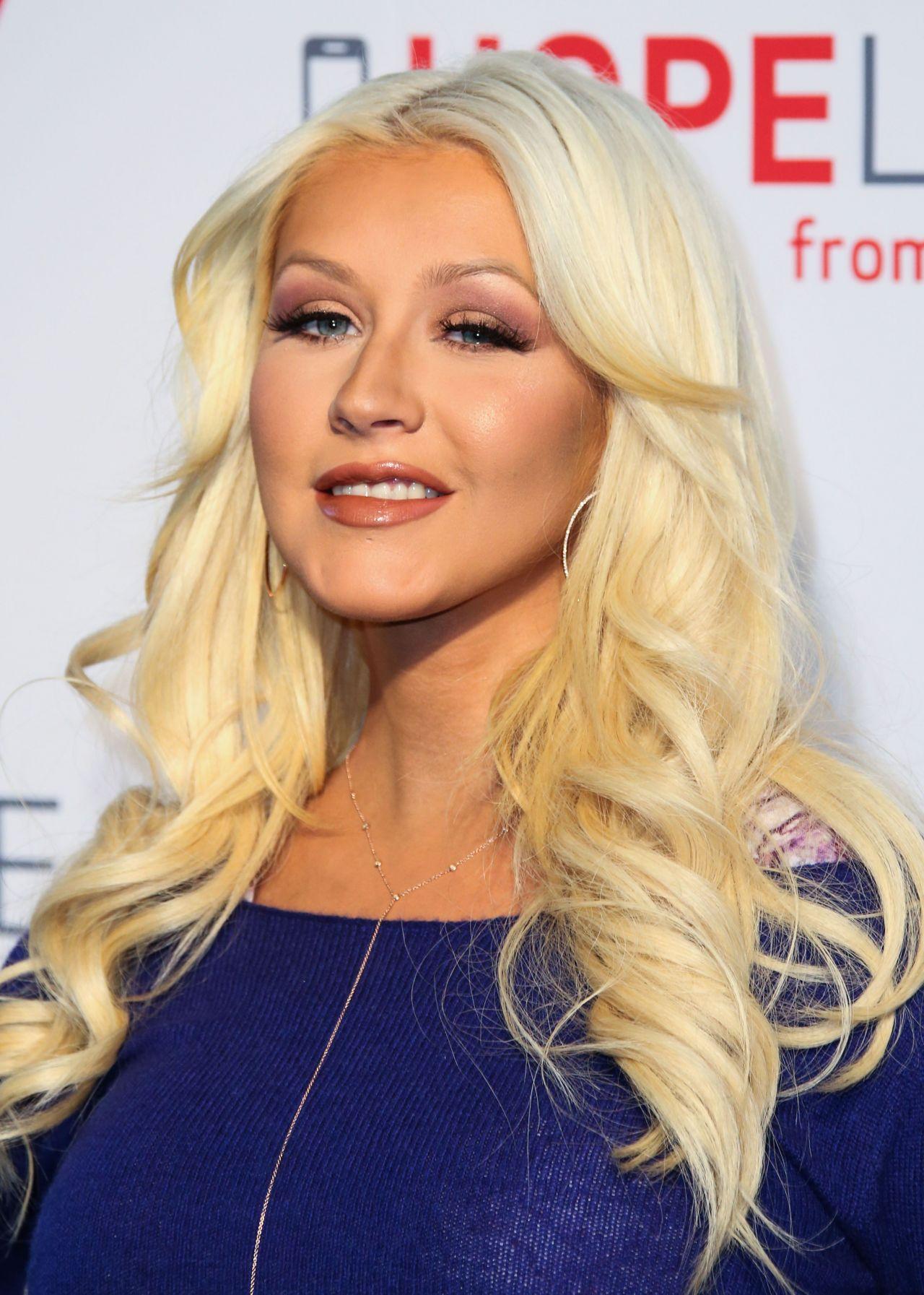 Christina Aguilera - Verizon's HopeLine Program in West ... Christina Aguilera
