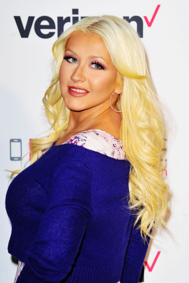Christina Aguilera - Verizon's HopeLine Program in West ... Christina Aguilera