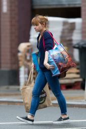 Christina Ricci - Doing Some Moving in Brooklyn, November 2015
