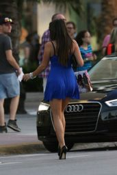 Claudia Romani - Shopping on Lincoln Road in Miami Beach, 11/23/2015