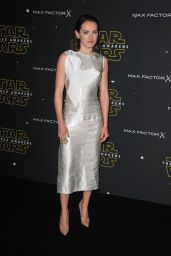Daisy Ridley - Fashion Finds The Force Event in London, November 2015
