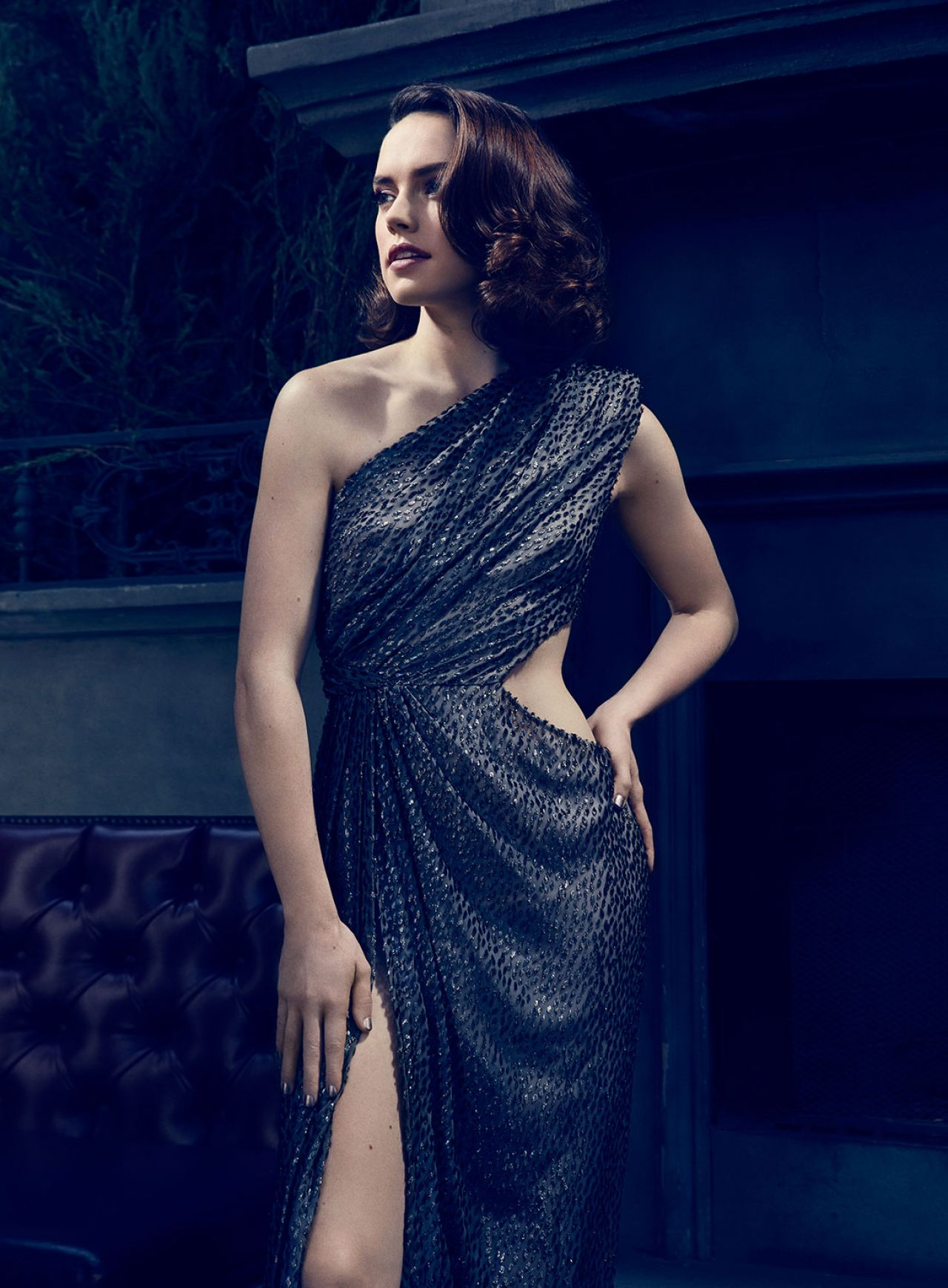 Favorite Images of Rey  Daisy-ridley-photoshoot-for-the-hollywood-reporter-november-2015-_5