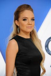 Danielle Bradbery – 2015 CMA Awards in Nashville