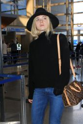 Elle Fanning Can