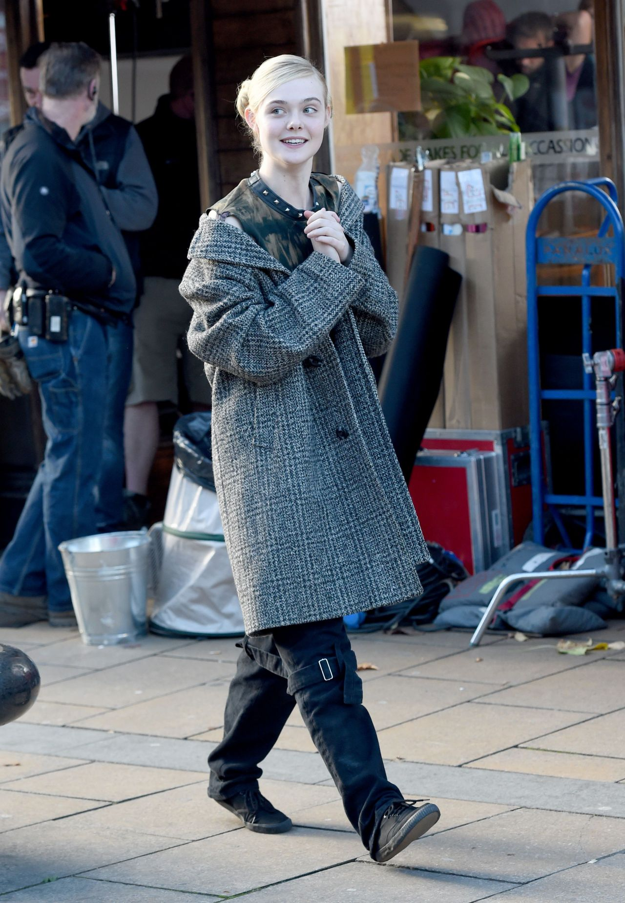 Elle Fanning €� Set Of 'how To Talk To Girls At Parties' In Sheffield,  November 2015