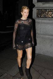 Ellie Goulding Night Out Style - Leaving the Rosewood Hotel in London, November 2015