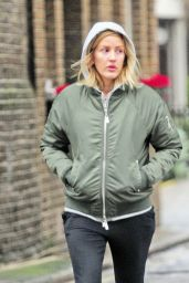 Ellie Goulding Street Style - Shopping in London, 11/29/2015
