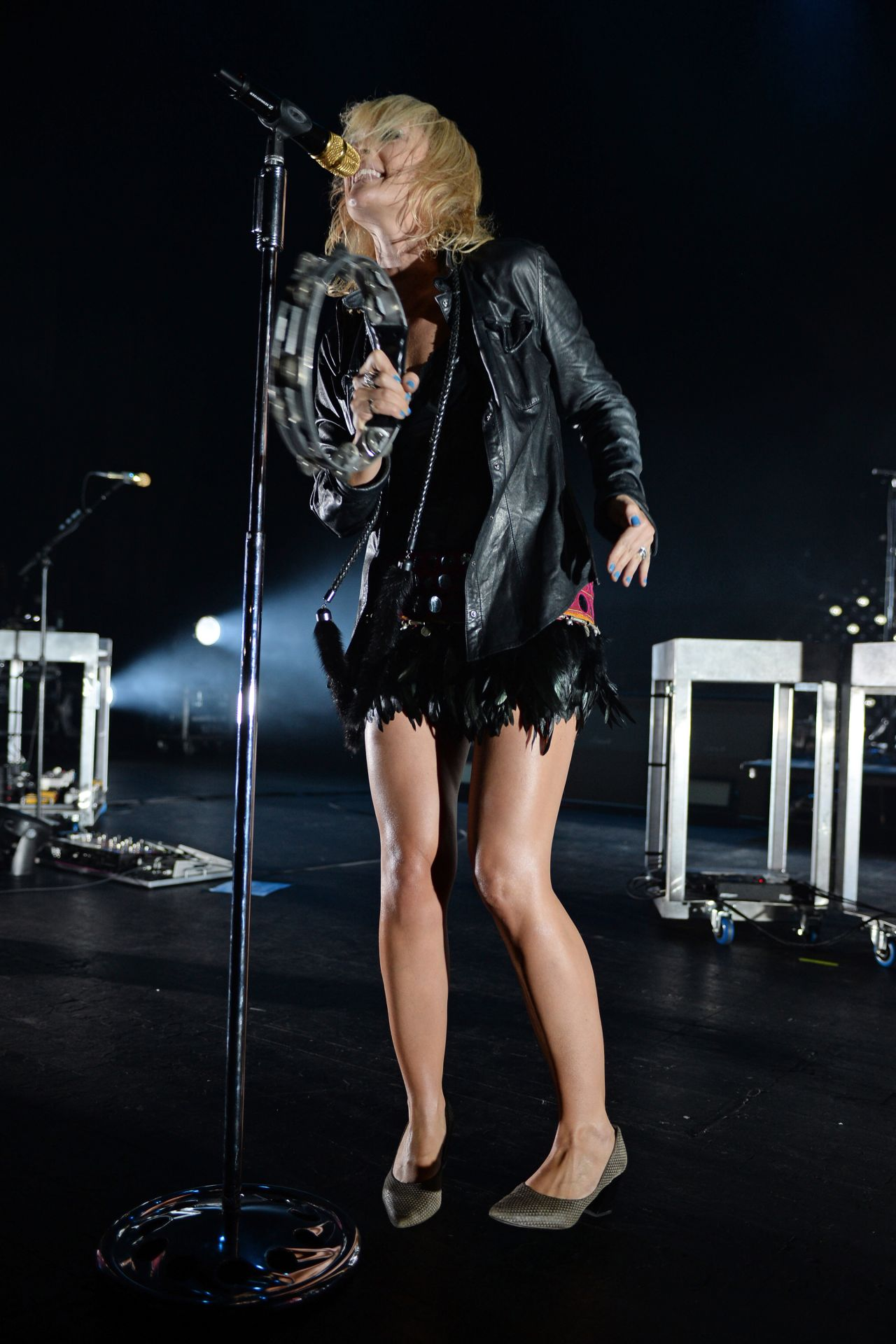 how tall is emily haines