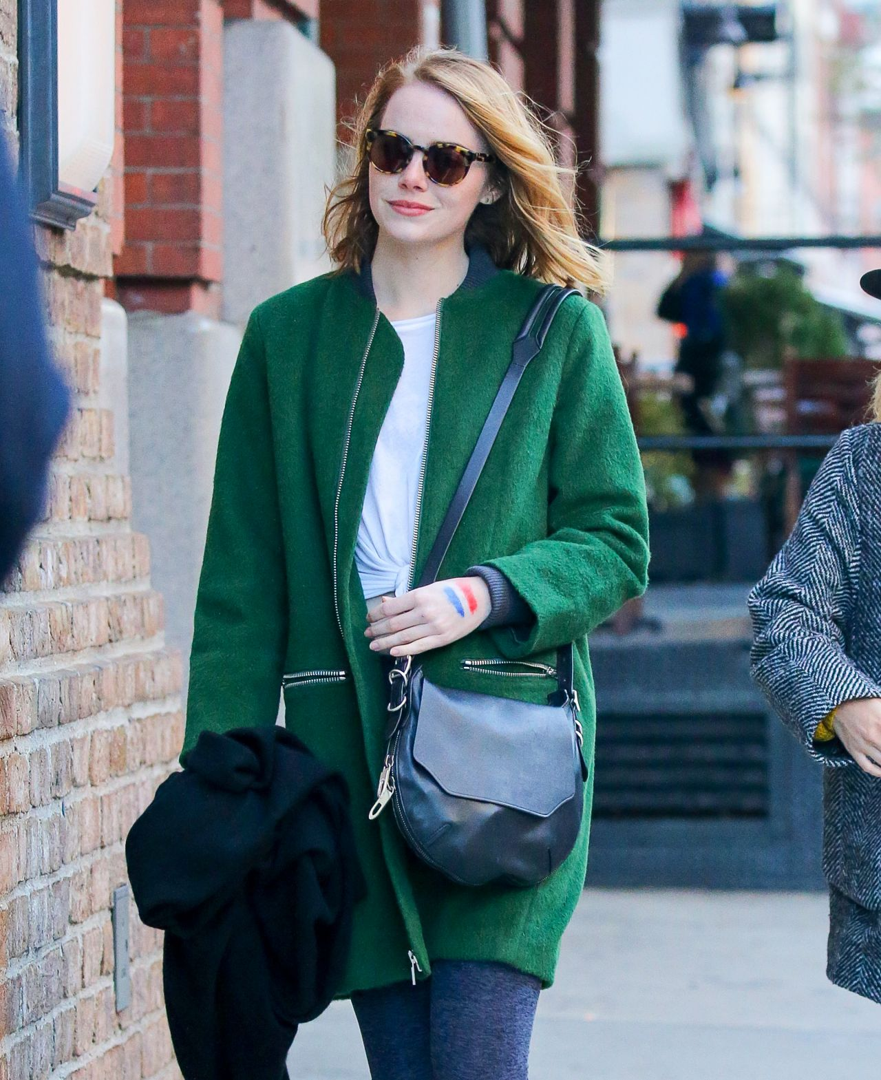 Emma stone style out in nyc november 2015 for Style stone