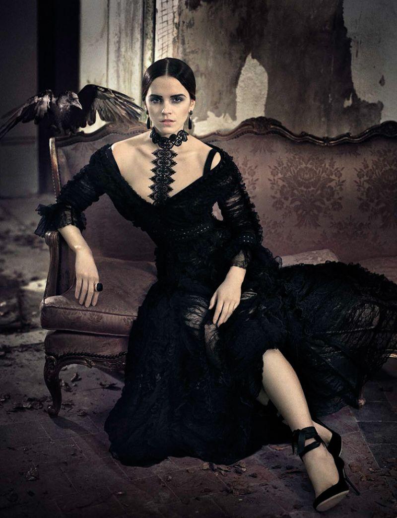 Emma Watson - Vogue Magazine Italy November 2015