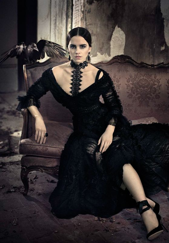 Emma Watson - Vogue Magazine Italy November 2015