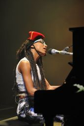 Esperanza Spalding - Performing at Shepherd