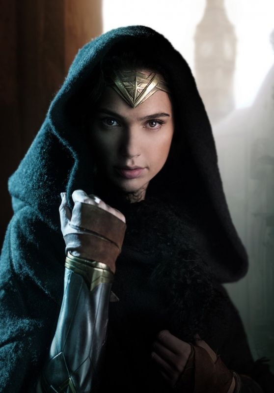 Gal Gadot - Wonder Woman Still