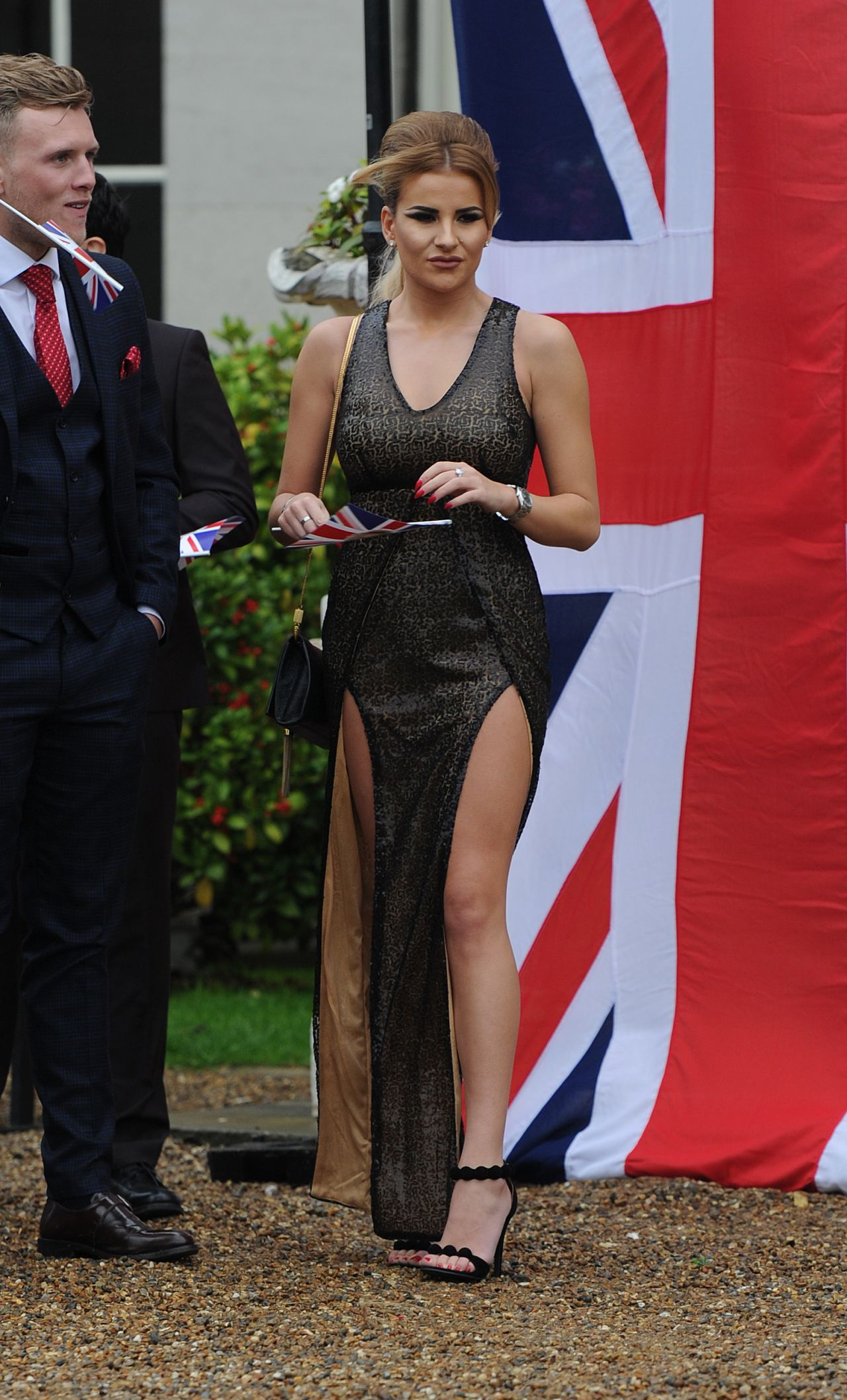 georgia-kousoulou-towie-cast-film-nanny-pats-royal-80th-birthday-party-croydon-in-london_1 Towie Cast Film Their Royal Wedding Theme Finale They Celebrated Nanny Pats Birthday At Addington Palace In Croydon She Was The Queen And The Cast Had
