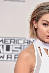Gigi Hadid – 2015 American Music Awards in Los Angeles