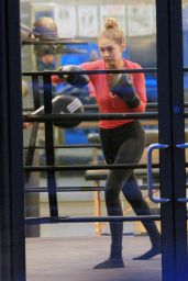 Gigi Hadid at a Boxing Class in New York City, November 2015